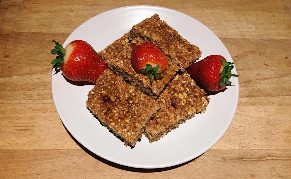 Healthy Strawberry Flapjacks – DIY Recipe